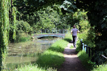 Broxbourne, Jogging by the New River, Hertfordshire © Christine Matthews